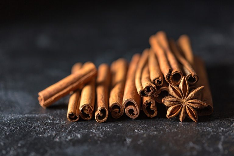 Cinnamon Nutrition, Types, Usage, and Benefits